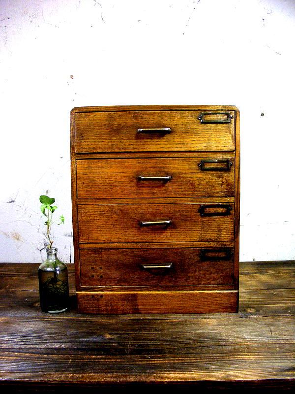 昭和30年代のアンティーク家具の木製・小引き出し・4杯・品名差し付きが仕上がりました。