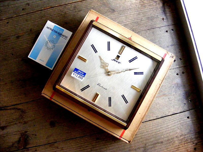 1970年代のアンティーク掛時計のJeco・ジェコー・エレクトロニック・高精度音叉さ時計・モンテス・11063・箱付・デッドストック(電池式・スイープ・クォーツ改造)が仕上がりました。