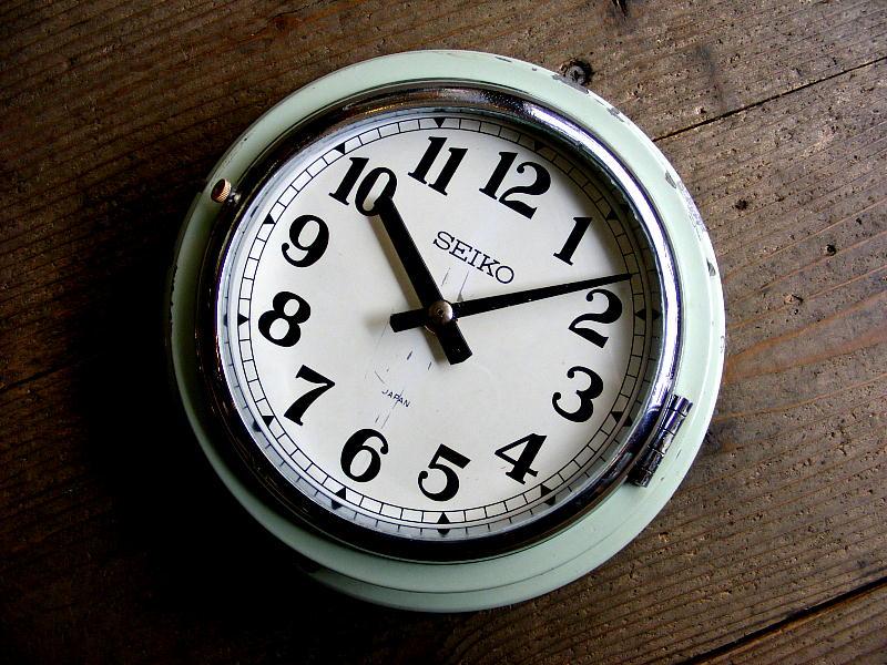 1968年製造のアンティーク船時計のセイコー・船舶用・電気子時計・MSC-30S-N(電池式・クォーツ改造)が仕上がりました。
