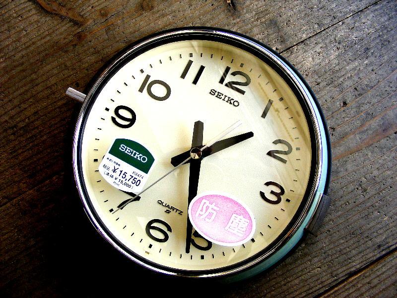 セイコー・クォーツ・クロック・KS474M・バス時計・緑(スイープ・クォーツ・電波時計改造)が仕上がりました。