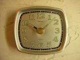 昭和40年代頃のセイコー・2ジュエルス・文字盤時計(角型・銀色)