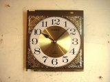 1980年代頃のシチズン・アワー・ストライク・文字盤時計(角型・金色)