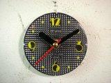1960年代頃のロシアのSEVANI・アンティーク・クロックの文字盤の掛時計(丸型・黒色・赤秒針)