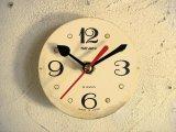 1960年代・ロシア・SEVANI・アンティーク・クロックの文字盤の掛け時計(丸型・白・飛び数字・赤秒針)