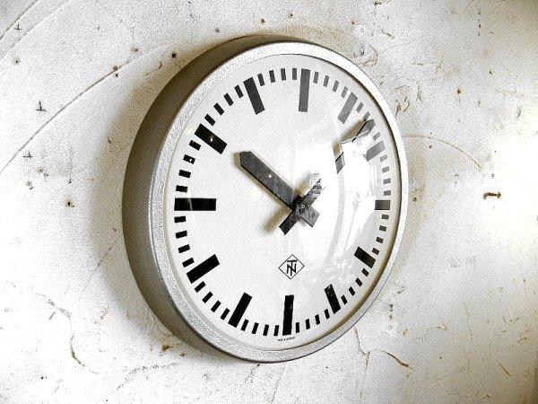 画像3: 1970年代・ドイツ・TN(Telefonbau & Normalzeit)・テレフォンバウ・ウント・ノーマルツァイト・インダストリアル・クロック・鉄道時計・シルバー(電池式・クォーツ改造)