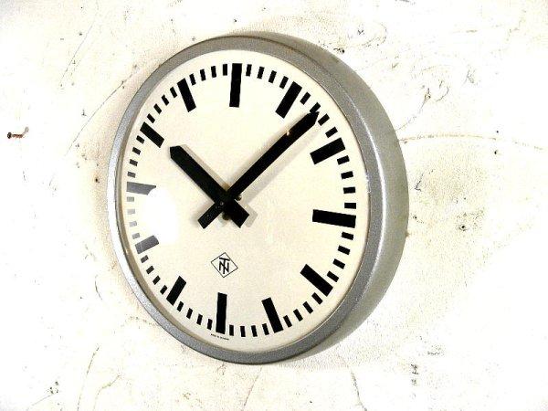 画像2: 1970年代・ドイツ・TN(Telefonbau & Normalzeit)・テレフォンバウ・ウント・ノーマルツァイト・インダストリアル・クロック・鉄道時計・シルバー(電池式・クォーツ改造)