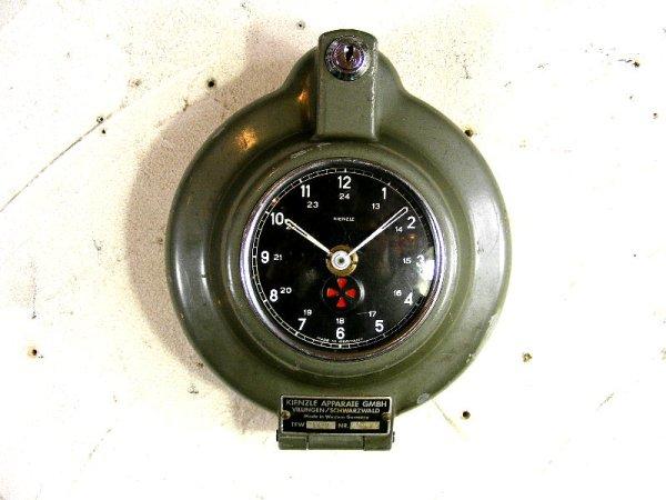 画像2: 1950年代・西ドイツ・KIENZLE APPARATE GMBH・キンツレー・インダストリアル・タコグラフ・クロック(電池式・クォーツ改造)