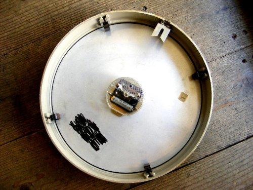 2: 1950年代・ドイツ・TN(Telefonbau & Normalzeit)・テレフォンバウ・ウント・ノーマルツァイト・インダストリアル・クロック・アイボリー・鉄道時計(電池式・クォーツ改造)