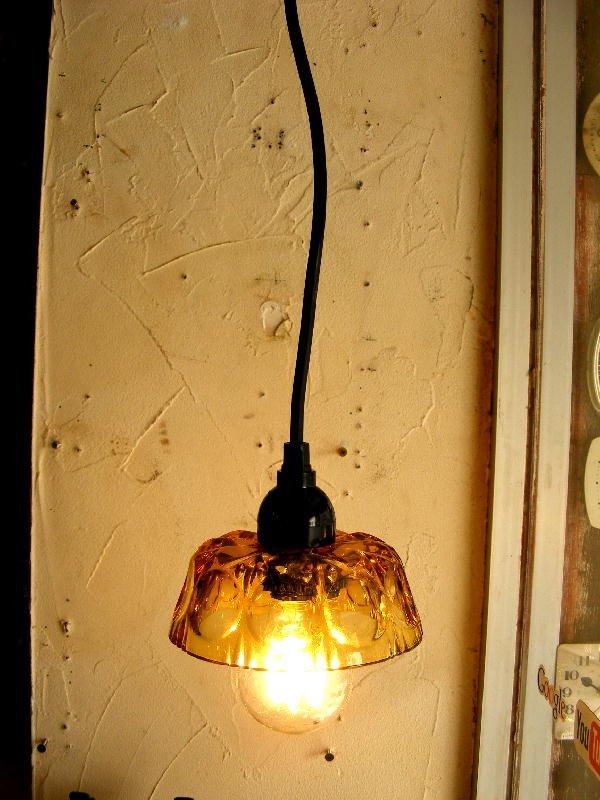 画像1: 昭和40年代頃・アンバーガラス・器・ランプシェード(LEDフィラメント電球)