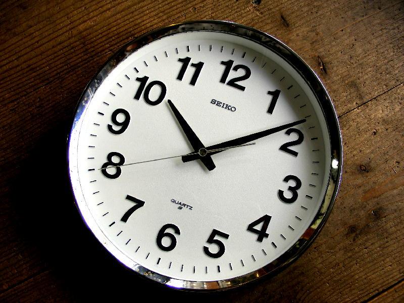 1980年代・セイコー・クォーツ・クロック・QA488N・学校用・掛時計・グレー が仕上がりました。
