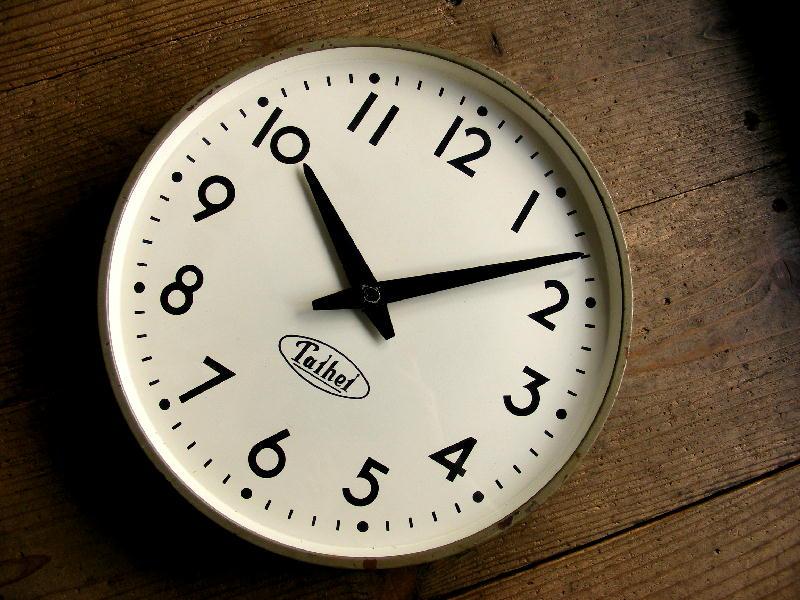 1960年代・TAIHEI・タイヘイ・電気子時計・丸型(電池式・クォーツ改造)が仕上がりました。