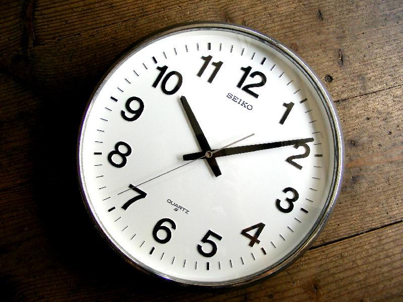 1980年代・セイコー・クォーツ・クロック・QA480N・学校用・掛時計・グレー(電池式・クォーツ)が入荷しました。